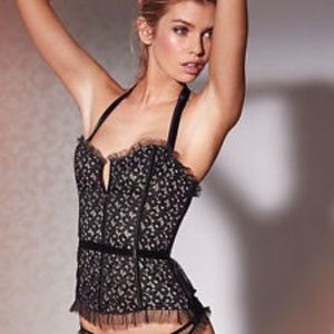 Victoria's Secret ribbon lace bustier